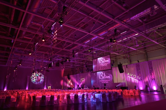 Avon_Konferencia_Vilagitas_Technika